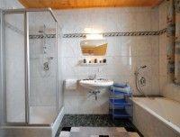 Appartement-Grosse_Badezimmer.jpg